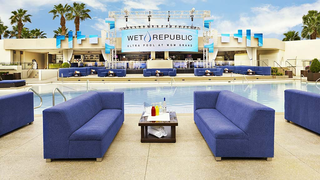 Wet Republic deck table MGM Grand